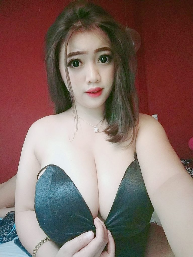 TIA from INDONESIA ORI 38D SUPERRRR BOOBS GOOD SEEVICE